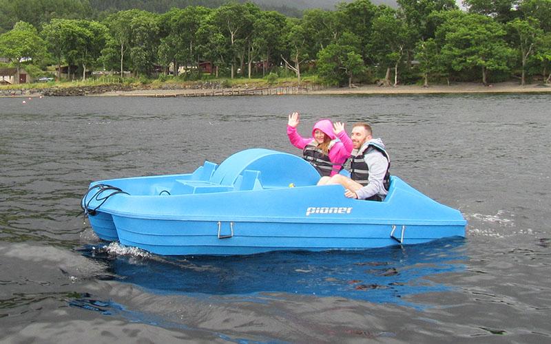 800-500-loch-lomond-boat-hire-pedal-03