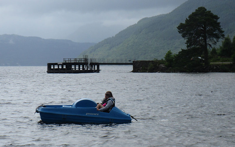 800-500-loch-lomond-boat-hire-pedal-05