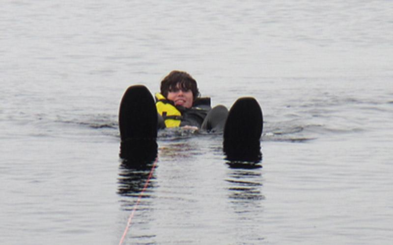 waterski-070-slide